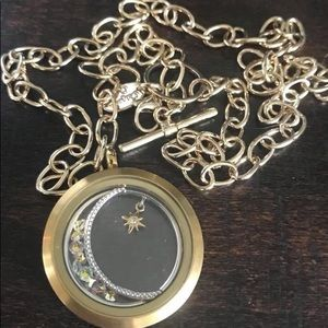 NEWWWW Origami owl large gold moon locket